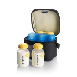 medela-accessoeries-cooler-bag-open-bottles